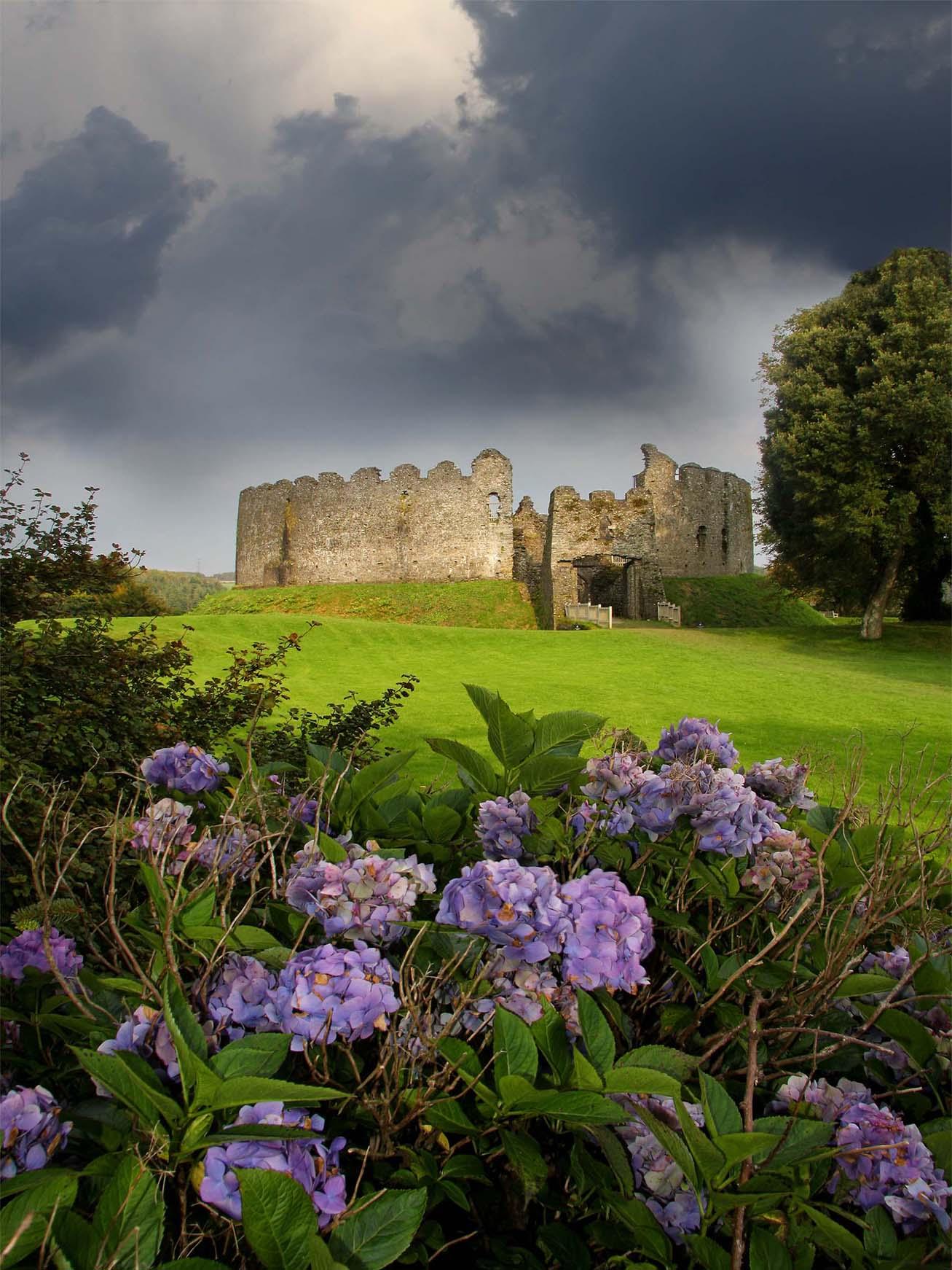 Castle Restormel Lothwithiel Cornwall